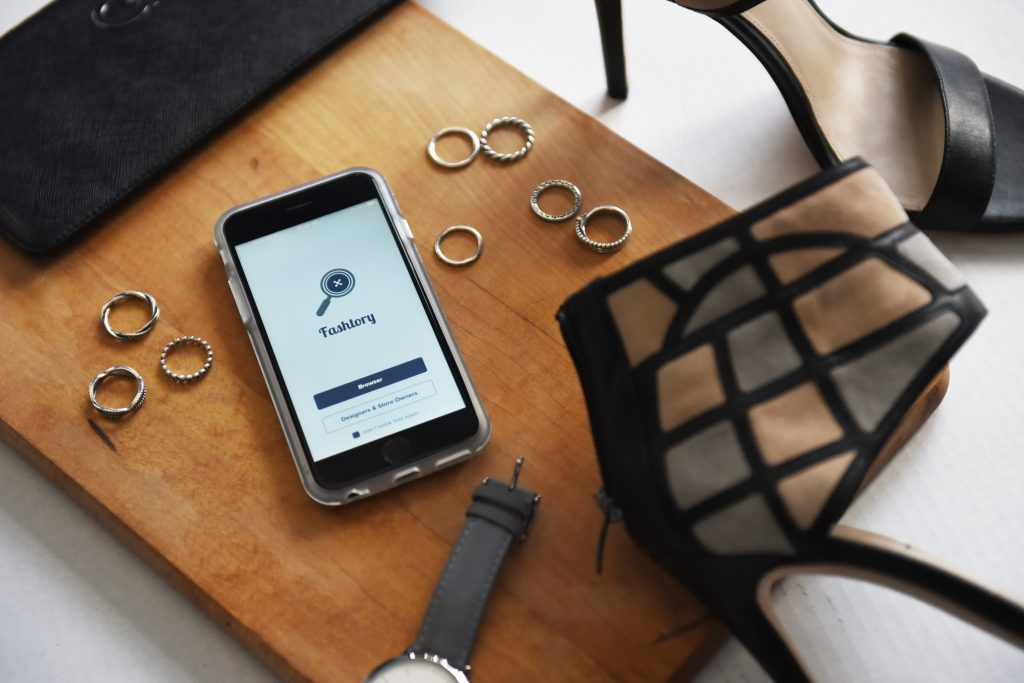 How This App Combines Fashion & Tech Perfectly