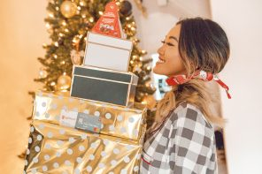 BLOGMAS: How To Save Money For Holiday Firsts